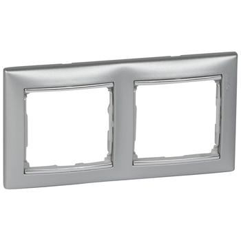Rámček 2-násobný hliník/strieb.pásik Valena (Legrand)